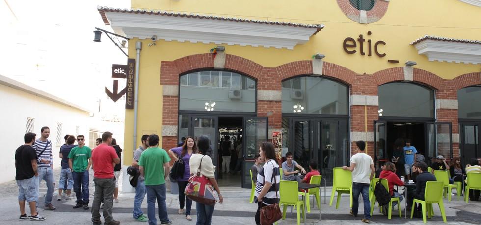 """Alunos da ETIC_Algarve já podem fazer """"top up year"""" na ETIC em Lisboa"""